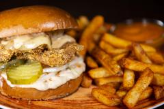 Burgerviikot! Crispy Chicken hampurilainen