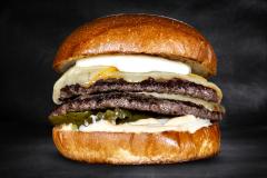 Burgerviikot! Melted Triple Cheese hampurilainen