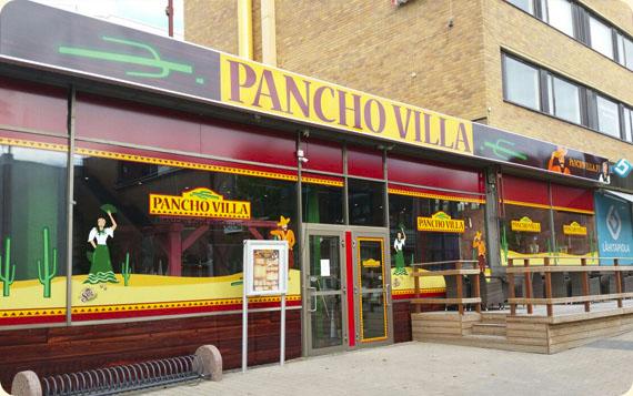 Ravintola Pancho Villa Rovaniemi - julkisivu ja sisäänkäynti